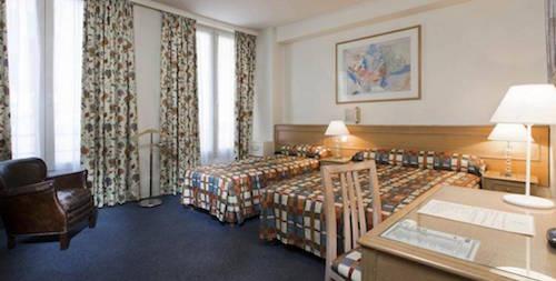 Hotel De Suez  Boulevard Saint Michel