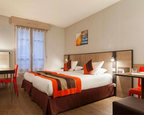 brown and orange hotel room