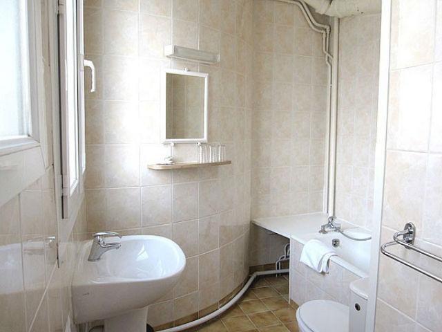 Bathroom Hotel Andre Gill