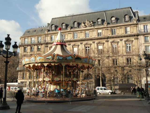 Paris Marais Carrousel