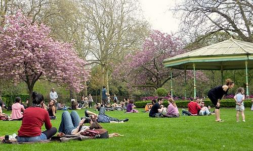 St. Stephen's Green Dublin spring